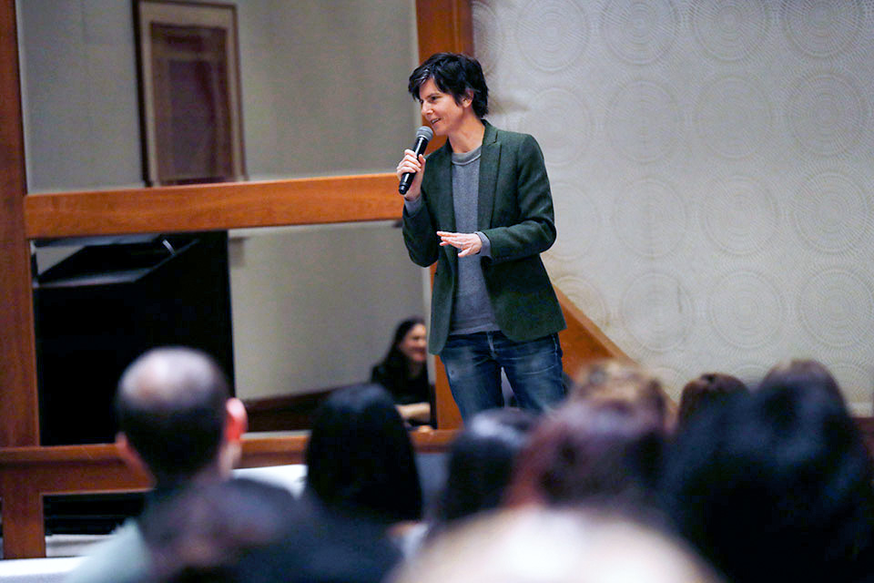 "Comedian Tig Notaro performs at the ""Comedy for Equality"" event in New York City on 25 March. Photo: UN Women/Ryan Brown"