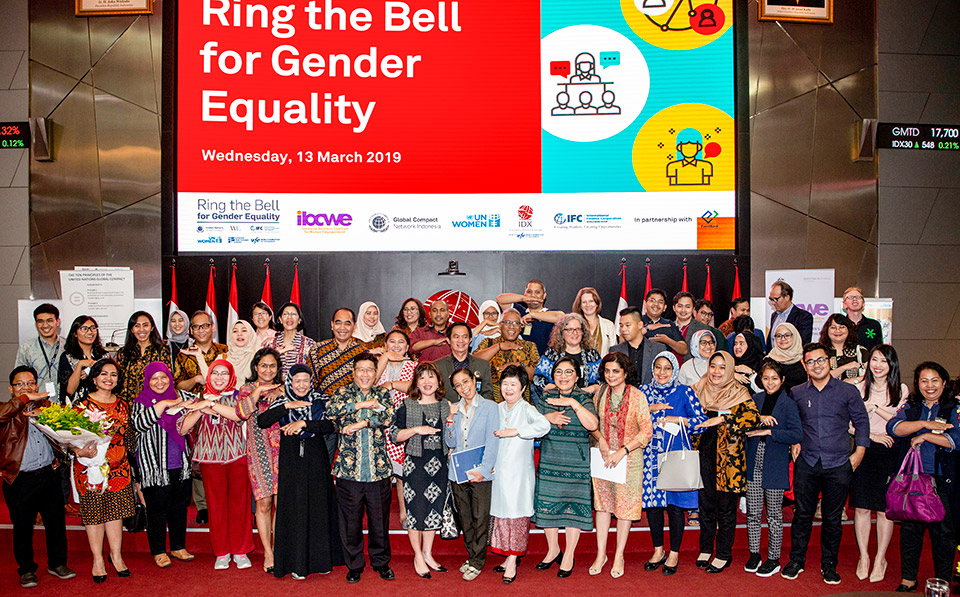 """Indonesian Finance Minister """"Rang the Bell"""" to Encourage Private Sector's Role in Advancing Gender Equality and Women's Economic Empowerment"""