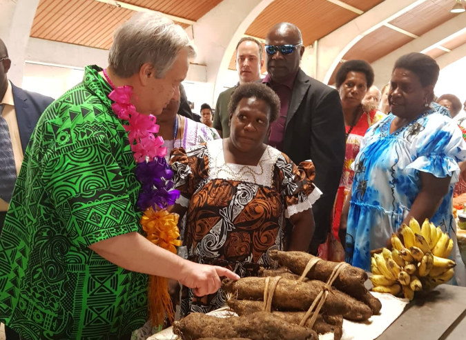 UN Secretary-General visits Port Vila market vendors