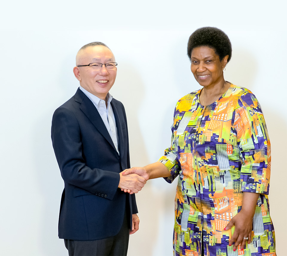 Fast Retailing and UN Women Sign Global Partnership to  Empower Female Workers in Apparel Industry