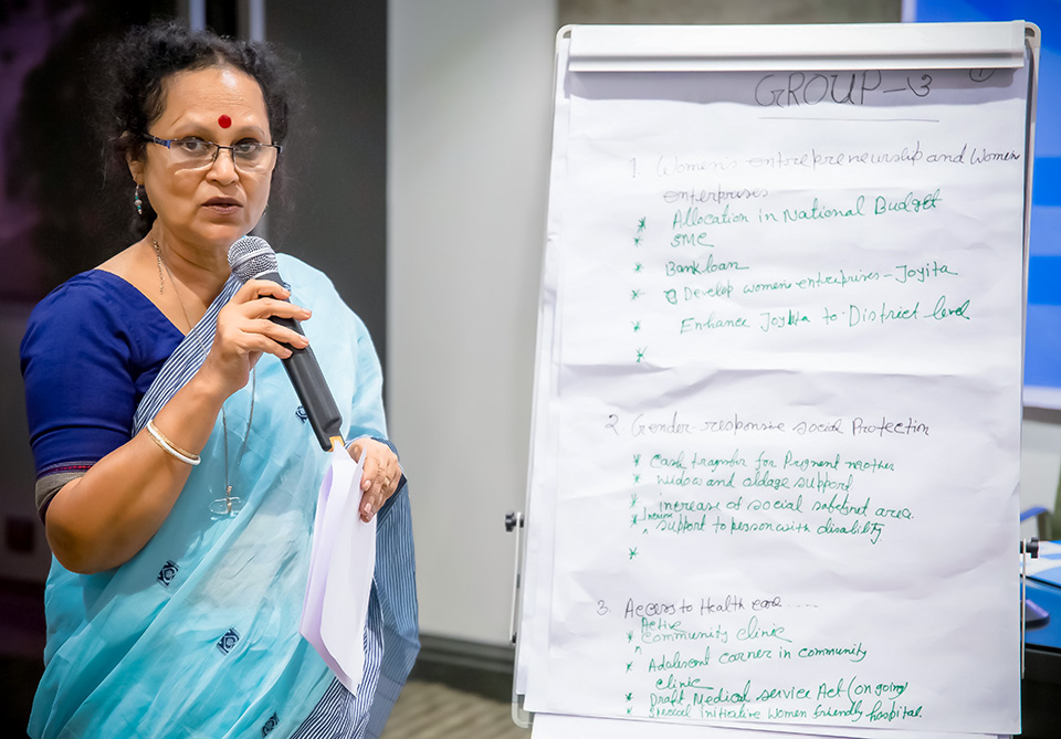 Krishna Chanda, National Project Coordination of GIZ, an international development agency, discusses achievements and challenges over last five years at the 20 June workshop. Photo: UN Women/Sohag Ahmed
