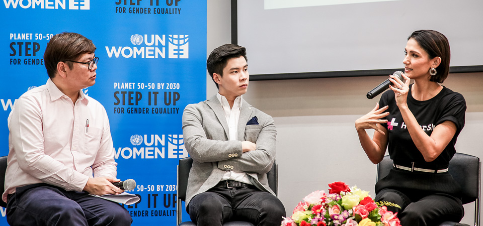 Panelists at Thammasat University engaging in a lively discussion on gender equality Photo: UN Women/Zaid Thanoo