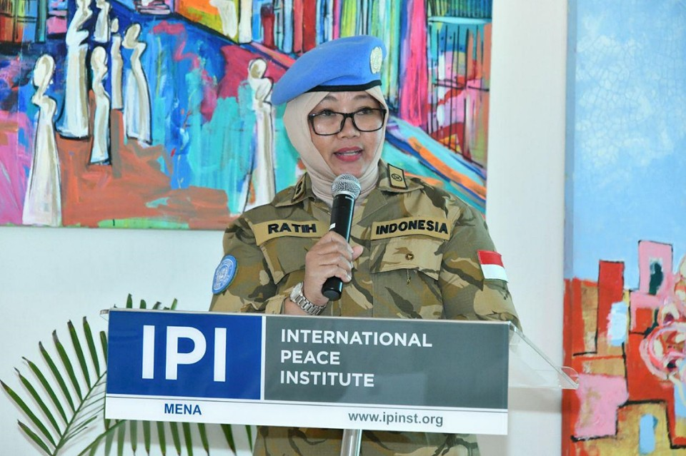 Take Five: Women peacekeepers are role models for women and girls in the local community