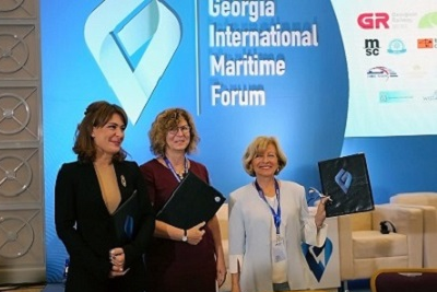 Signing ceremony of the Memorandum of Understanding. From left to right: Tamar Ioseliani, Director of the MTA, Erika Kvapilova, UN Women Country Representative in Georgia, Lali Khvedelidze, President of WISTA