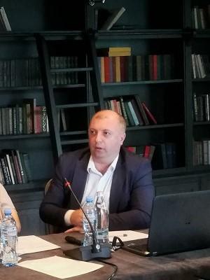 Paata Shavishvili, Deputy Executive Director of GEOSTAT, providing an overview of the state-of-the-art approach to gender statistics collection and analysis in Georgia