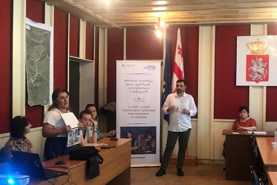 Otar Tabatadze, director of human resources and organizational development at Orient Logic is conducting training in Tsageri for socially mobilized and entrepreneur women