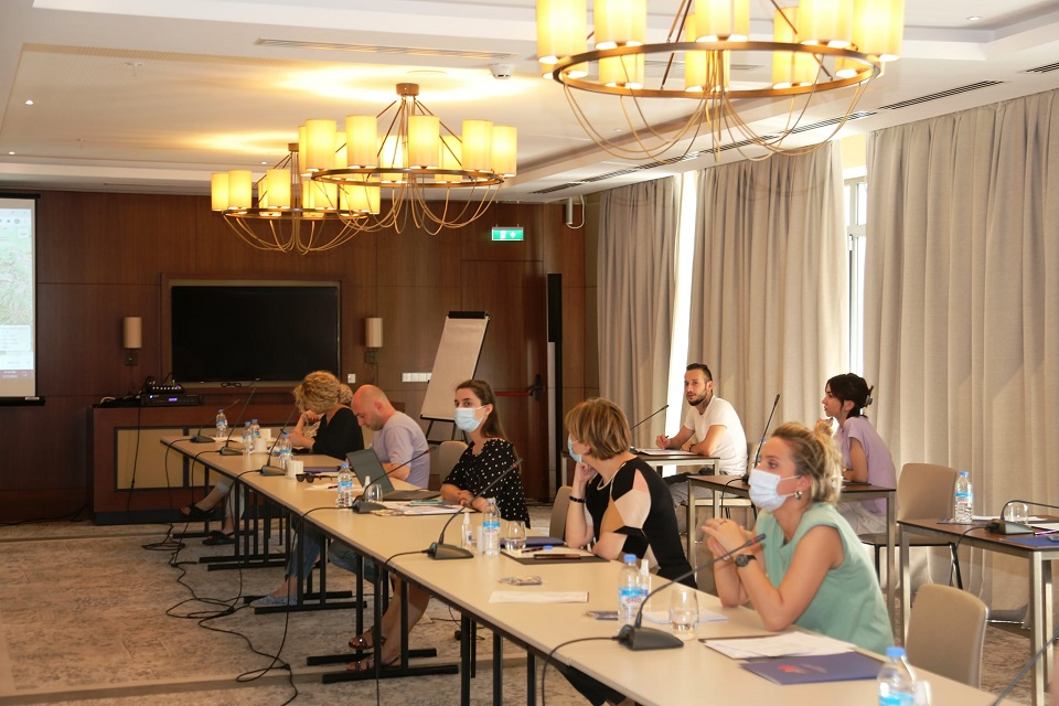 Georgian journalists discussed the gender statistics and indicators produced by Geostat. Photo: Geostat