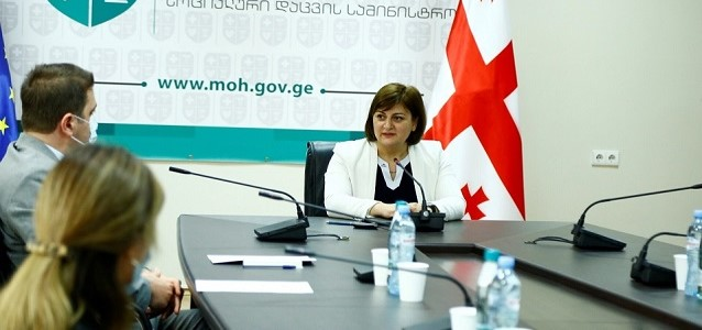 The document on membership of Equal Pay International Coalition (EPIC) was signed by Deputy Minister of Internally Displaced Persons from the Occupied Territories, Labour, Health and Social Affairs of Georgia, Tamar Barkalaia. Photo: Ministry of Internally Displaced Persons from the Occupied Territories, Labour, Health and Social Affairs of Georgia