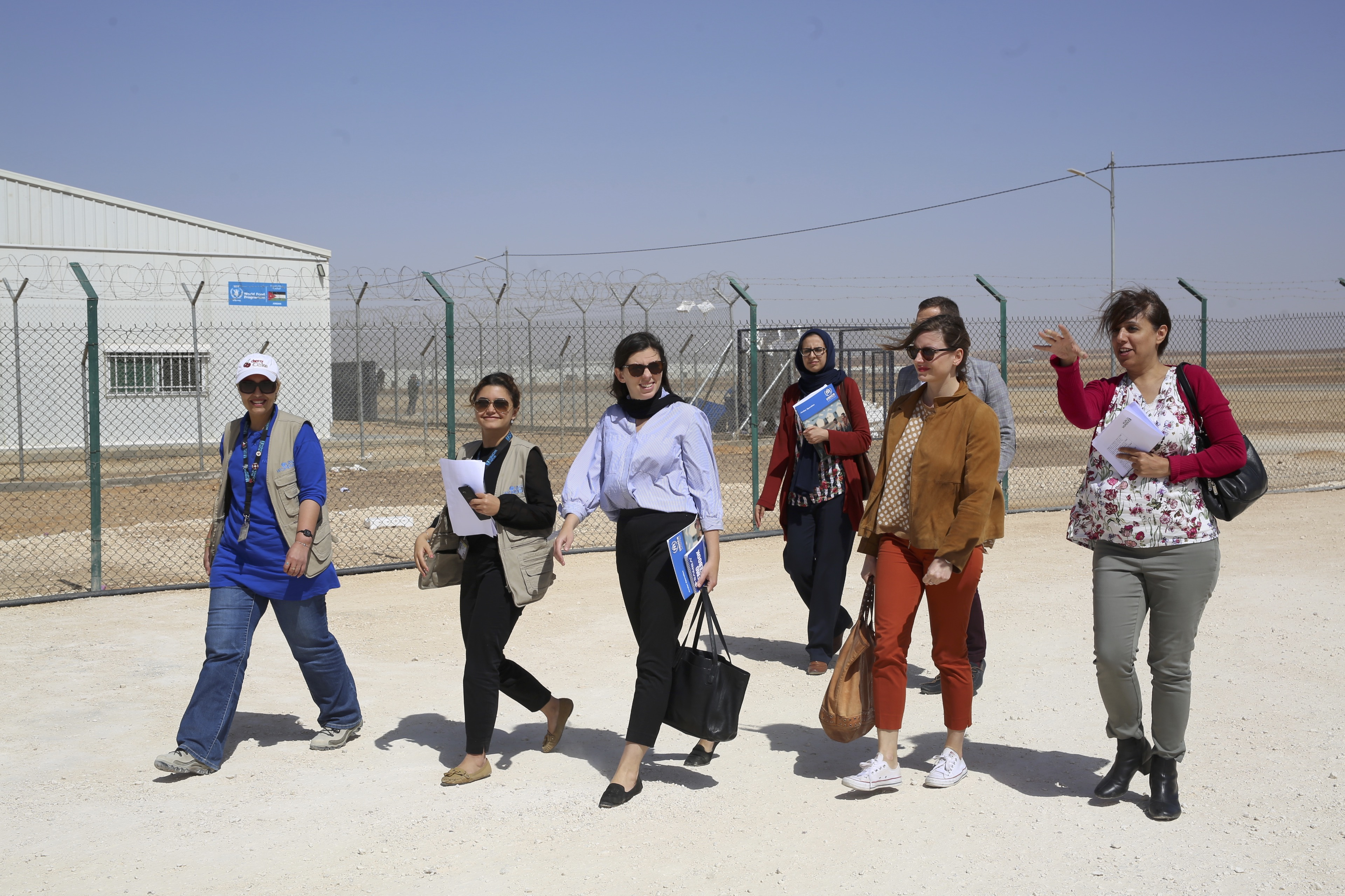 The delegation joins UN Women at the Azraq 'Women and Girls' Oasis' in village 3, the Oasis was inaugurated in February 2018 alongside the French Ambassador of Jordan and fellow members who joined the delegation visit to the Oasis.