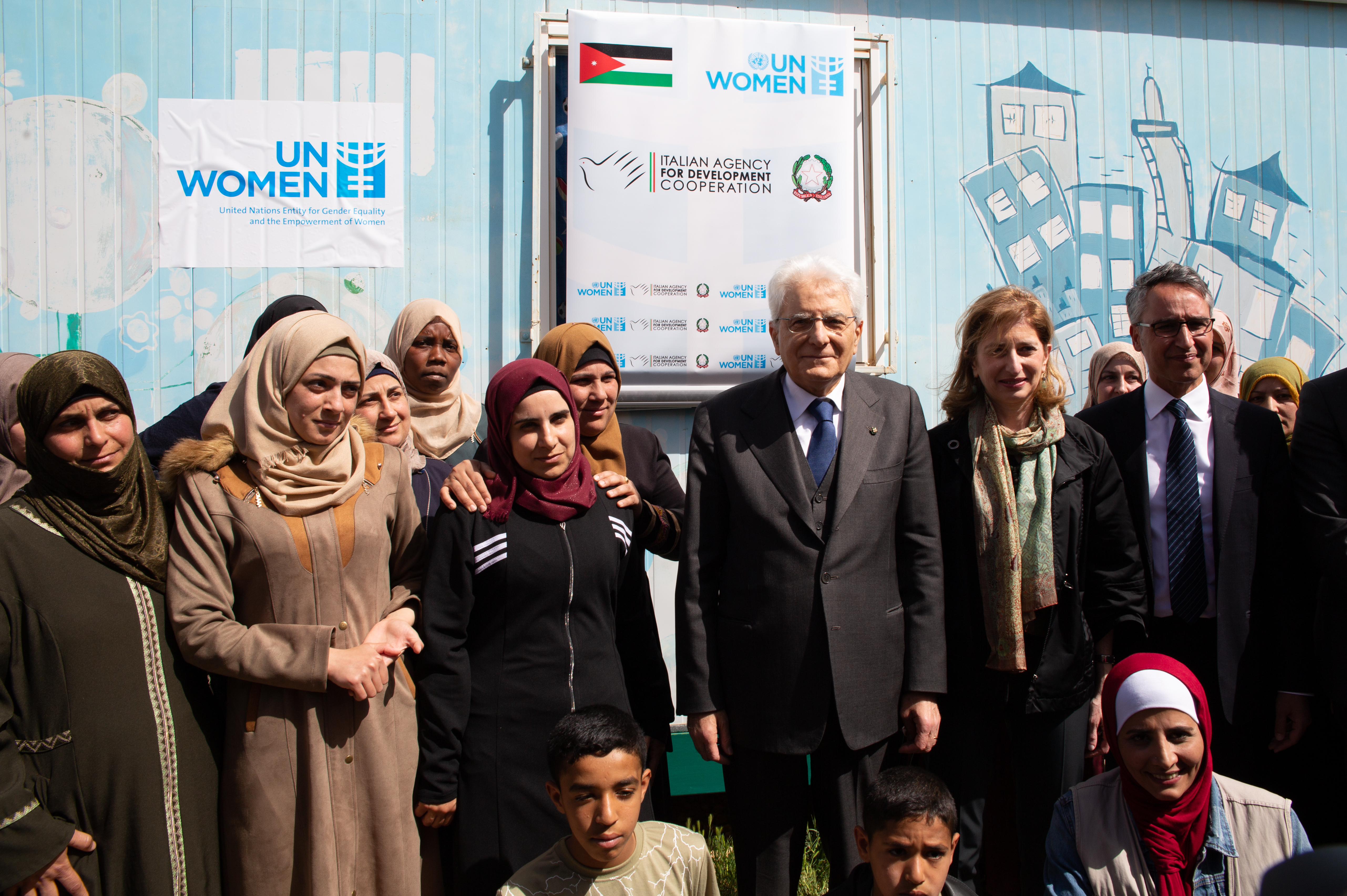The President of Italy, Mr. Sergio Mattarella, visits the UN Women Oasis center in the Za'atari refugee camp