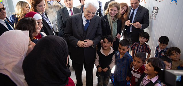 The President of Italy, Mr. Sergio Mattarella and his daughter, Ms. Laura Mattarella, accompanied by Mr. Ziad Sheikh, UN Women Jordan Representative, visit the UN Women's Oasis Center in the Za'atari refugee camp and meet with Syrian refugee women engaged in the Center's activities. Photo credits: UN Women/Lauren Rooney