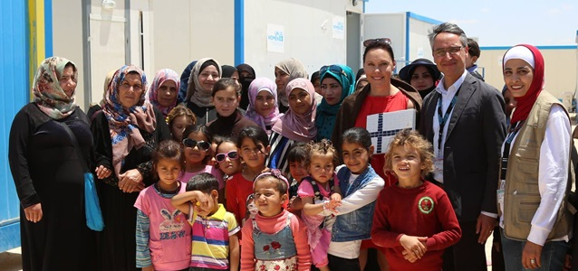 Finland Minister for Foreign trade and Development, Anne-Mari Virolainen visited Azraq Refugee Camp on the 9th May, accompanied by UN Women Country Representative Ziad Sheikh.