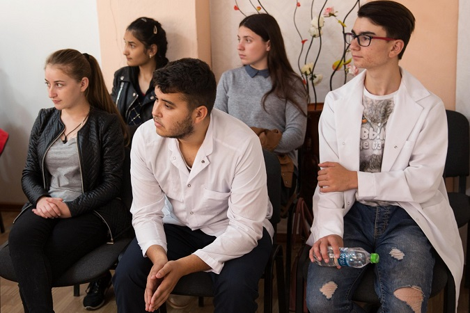 In Moldova, students discuss gender bias, and dare to dream