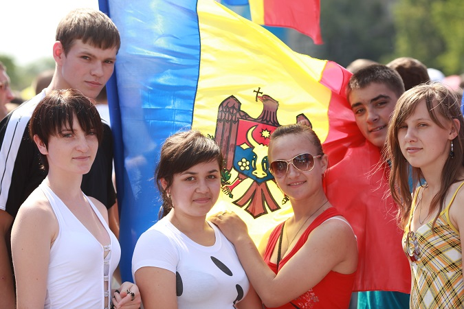 UN Women Moldova starts 10 cooperation agreements with civil society organizations from Moldova