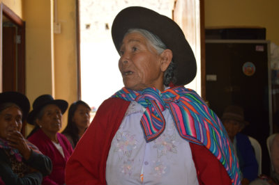 Photo: Mildred Garcia. Meeting of elderly association in Peru - project to end violence against older women