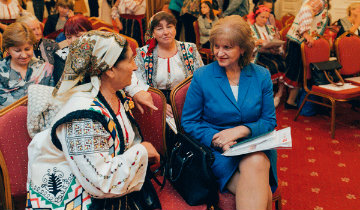 Participants in HelpAge International Moldova's project meeting with local officials. Photo: HelpAge International