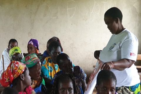 UN Trust Fund grantee CREAW responding to increased violence against women and girls during COVID-19. Photo of a SASA! training led by Rarin Saitoti - a SASA! Champion - in Narok county