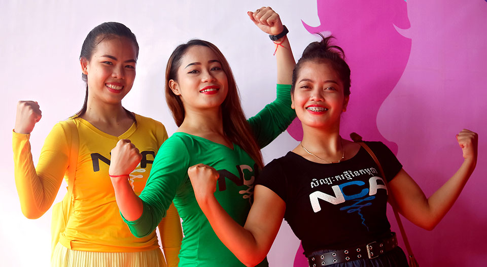 Celebrating Women' Strength Festival - March 2018 (for International Women's Day) Dancers from New Cambodian Artists pose for a photo.  Photo: UN Women/Sreynich Leng