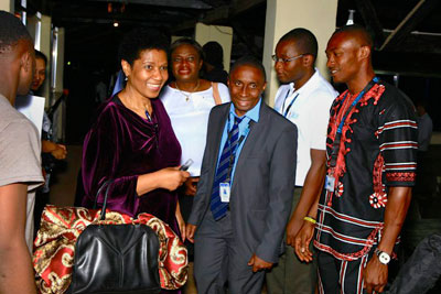 UN Women Executive Director on high-level mission to Sierra Leone in solidarity over the impact of Ebola