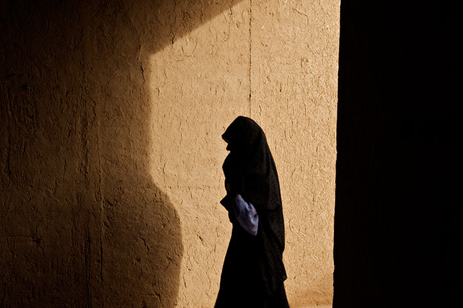 An anonymous trafficking victim. Photo: UNICEF/Shehzad Noorani