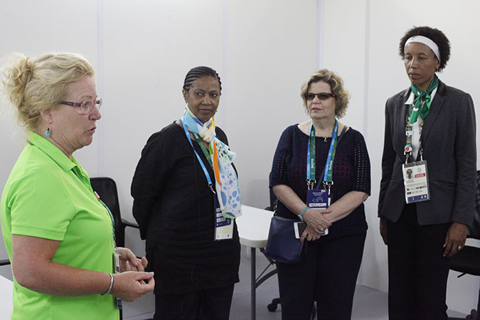 UN Women Executive Director Phumzile Mlambo-Ngcuka meets with Susan Greinig, Welfare Officer of the IOC.Photo: UN Women/Gustavo Stephan
