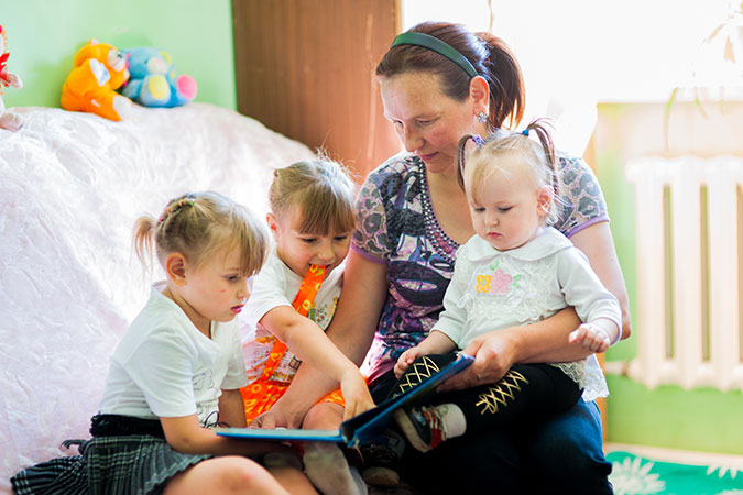 Marina and her children in the My Home Crisis Centre in Temirtau, Kazakhstan. Photo: UN Women Kazakhstan Multi-Country Office