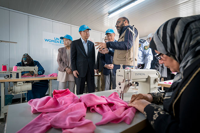 UN Women's Oasis centres offer a variety of skills training programmes, including tailoring and hairdressing, literacy, English and French classes. Photo: UN Women/Christopher Herwig