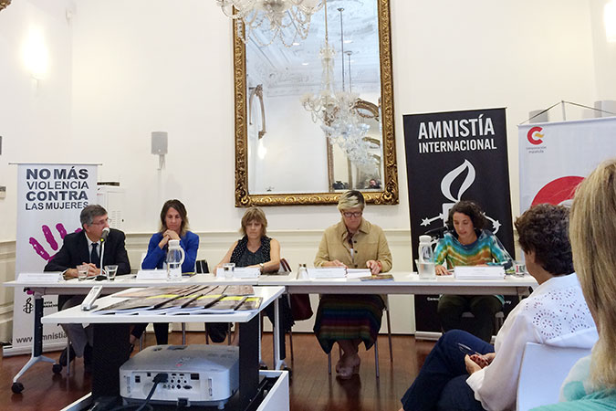 Amnesty International Uruguay presented two regional reports on Violence against Human Right Defenders and on Sexual and Reproductive Rights.