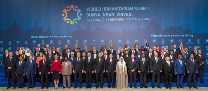 Participants of the World Humanitarian Summit in Istanbul, including UN Secretary-General Ban Ki-moon and Heads of State and Government. Photo: UN Photo/Eskinder Debebe