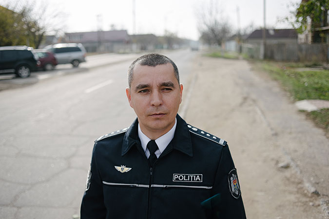 Chief Police Officer from Colibasi – Victor Zglavoci  Photo: UN Women/Ramin Mazur