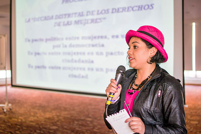 Magda Alberto participates in a workshop about women's political participation. Photo: Bogotá Women's Secretariat