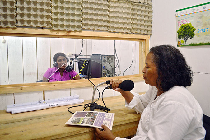 """Communicadoras, who are women's human rights defenders, record programming for the radio programme """"Voices of the Women of Wangki Tangni"""", a UN Trust Fund–supported programme. Photo: UN Trust Fund/Mildred García."""