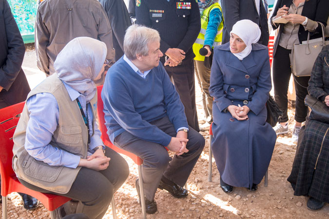 UN Secretary-General António Guterres meets with members of the refugee camp women's committee at the UN Women-run Oasis in Za'atari. Photo: UN Women/ Benoît Almeras