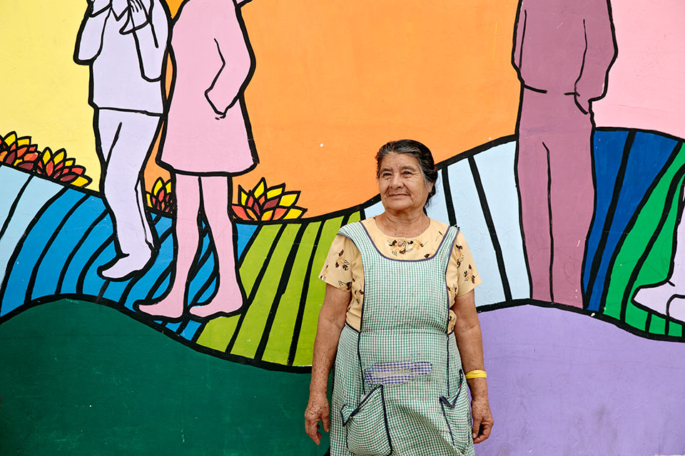 "<p>I had never painted before… but when I heard about this painting of murals, I started painting,"" said Clara Luz Gaitan, from Zone 18, Guatemala City .  </p>"