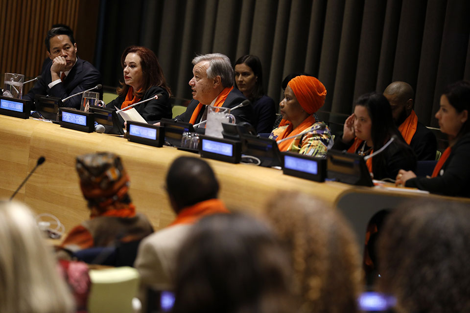 (L-R) Moderator, news anchor Richard Lui; Maria Fernanda Espinosa Garces, President of the General Assembly; Antonio Guterres, UN Secretary-General; and Phumzile Mlambo-Ngcuka, UN Women Executive Director participate in a panel discussion. Photo: UN Women/Ryan Brown