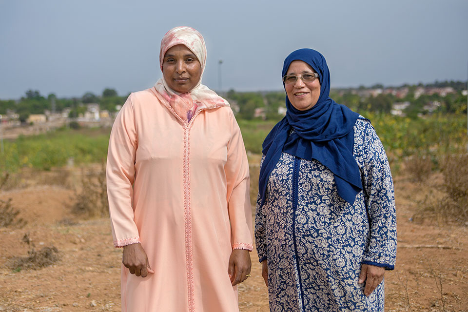 Mahjouba Mhamda and Cherkauia Mhamda. Photo: UN Women/Hassan Chabbi