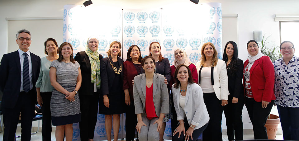 María Fernanda Espinosa Garcés, President UN General Assembly, accompanied by Ziad Sheikh, UN Women Jordan Representative and Sara Ferrer Olivella, acting UN Resident and Humanitarian Coordinator, meets with Jordanian women's leaders, including Members of the Parliament and civil society organizations. Photo: UN Women/ Lauren Rooney