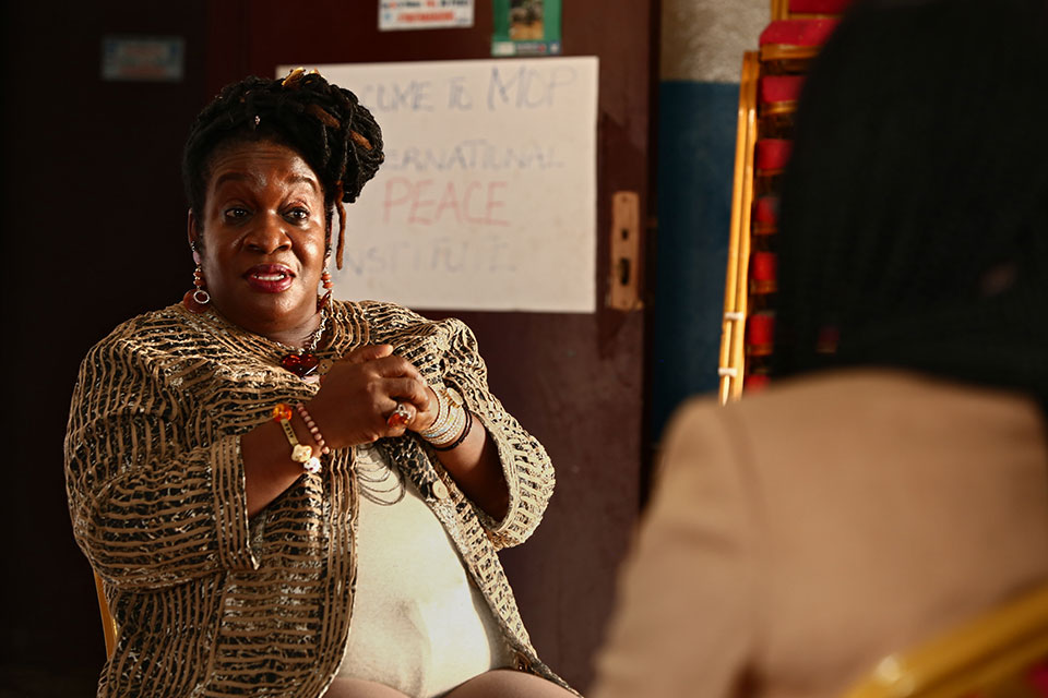 Abla Gadegbeku William talks to Gwendolyn Myers about women's rights and empowerment in Liberia. Photo: UN Women