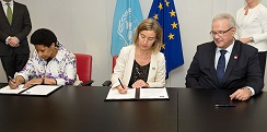 UN Women and EU signing of statement renewing commitment to partnership. 15 June 2016.