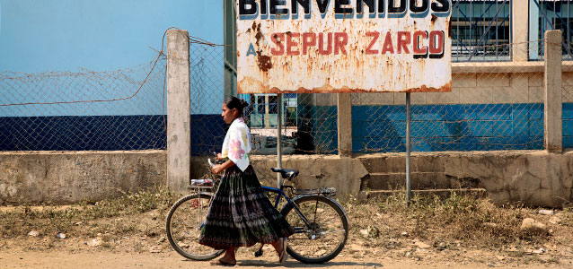 Buen Venidos a Sepur Zarco. Photo: UN Women/Ryan Brown