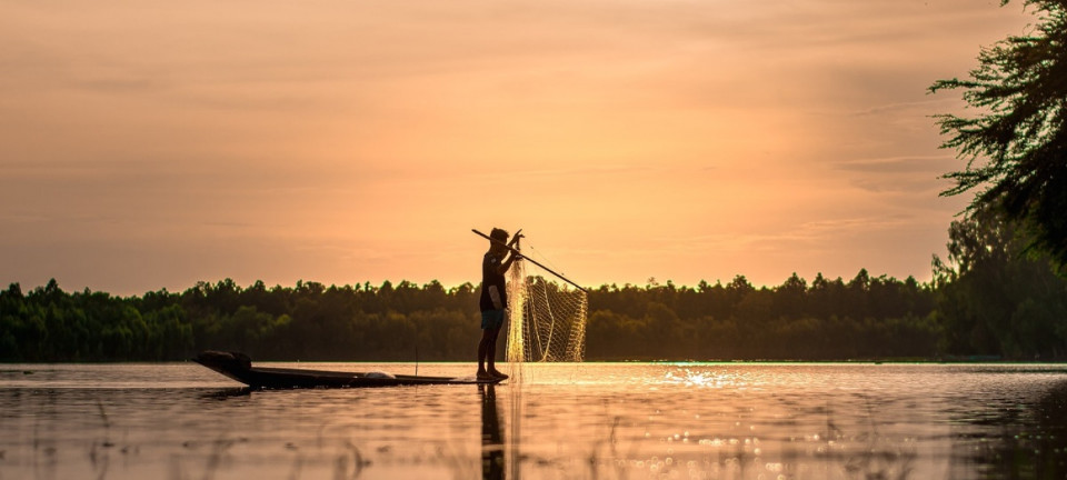 COVID-19 opens a can of worms for fisherwomen in Cambodia