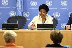 UN Women Executive Director Phumzile Mlambo-Ngcuka briefs journalists at United Nations Headquarters on the upcoming 20th Anniversary of the Fourth World Conference on Women in Beijing. Photo: UN Women/Ryan Brown