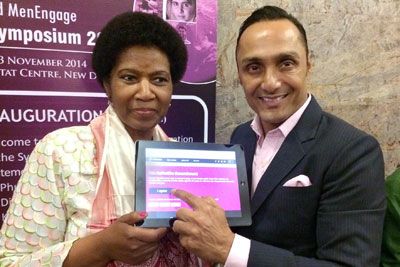 Indian actor Rahul Bose signed onto UN Women's HeForShe initiative at the MenEngage Symposium on 10 November 2014. Photo: UN Women/Oisika Chakrabarti