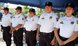 The UNIMUJER – ODAC Assistance Team takes part in the Unit's inauguration on 16 December 2011 in Puerto de la Libertad, El Salvador. Photo credit: ORMUSA (Organization of Salvadoran Women for Peace)