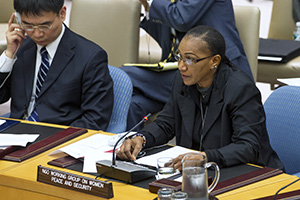 Saran Keïta Diakité (right), speaking on behalf of the Malian branch of the non-governmental Working Group on Women, Peace and Security, addresses the Security Council debate on sexual violence in conflict on 17 April 2013, in New York.