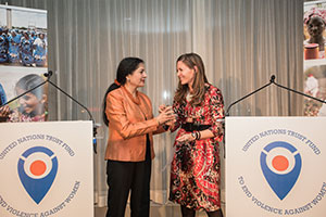 The award for outstanding national efforts to end violence against women was given to Actress Mariska Hargitay, founder of the Joyful Heart Foundation. The award was accepted on her behalf by Ms. Sukey Novogratz, board member of the Foundation. Photo credit: UN Women/Sebastian Montalvo