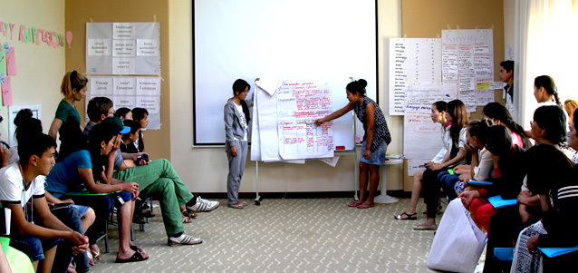 Students take part in an exercise on gender roles and stereotypes. Photo: UN Women/Umutai Dauletova