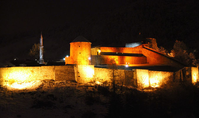 Fortress Travnik in Bosnia and Herzegovina turned orange as part of the call to end violence against women. Photo: UN Women Bosnia and Herzegovina