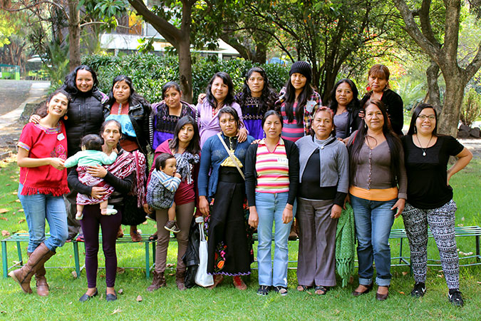 Participants in a workshop for female migrant workers in Chiapas in January 2016. Photo: CIMICH/Rodrigo Barraza