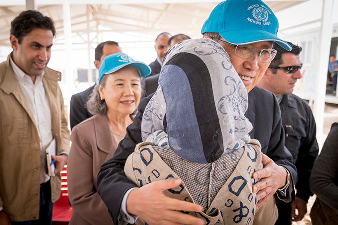 During his visit to one of UN Women's centres, UN Secretary-General Ban Ki-moon, meets a 17-year-old Syrian refugee, Zaad Al Khair. Photo: UN Women/Christopher Herwig